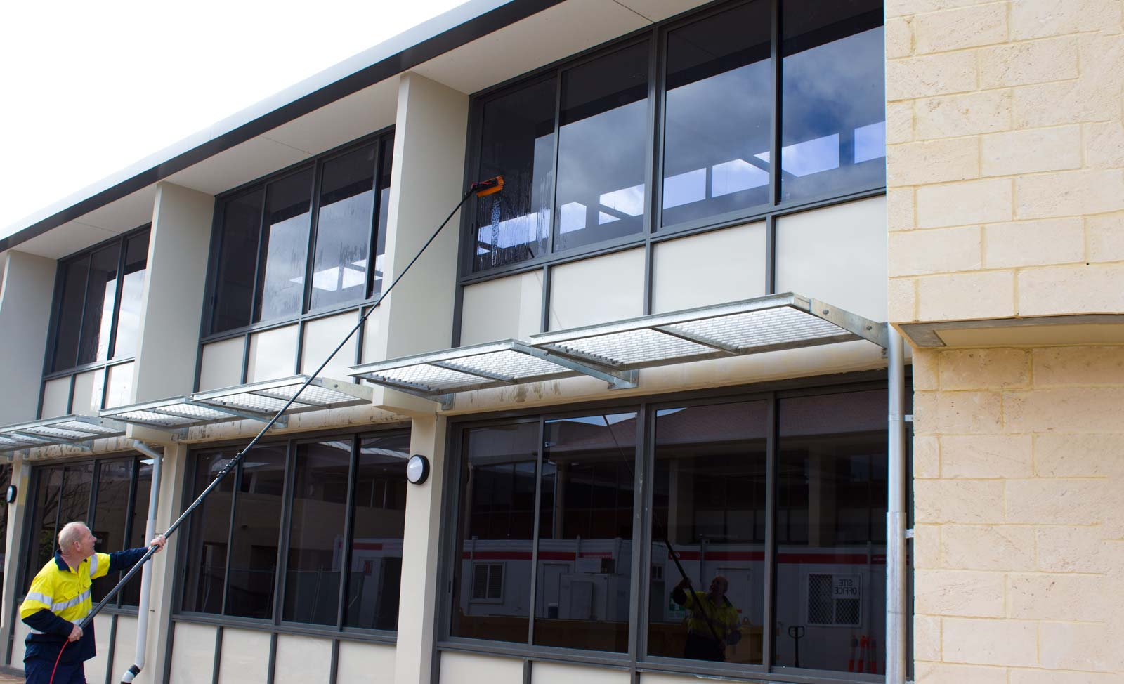 commercial-window-cleaning-perth